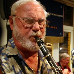 Mainstay Monday: Joe Holt with Henning Hoehne, clarinet and sax