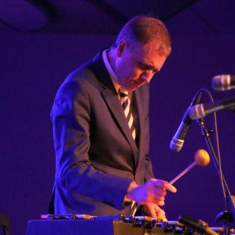 Mainstay Monday: Joe Holt on piano welcomes Chuck Redd on vibes and drums