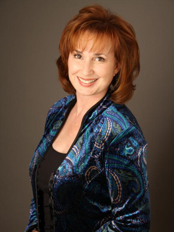 Raissa Katona Bennett, Vocalist