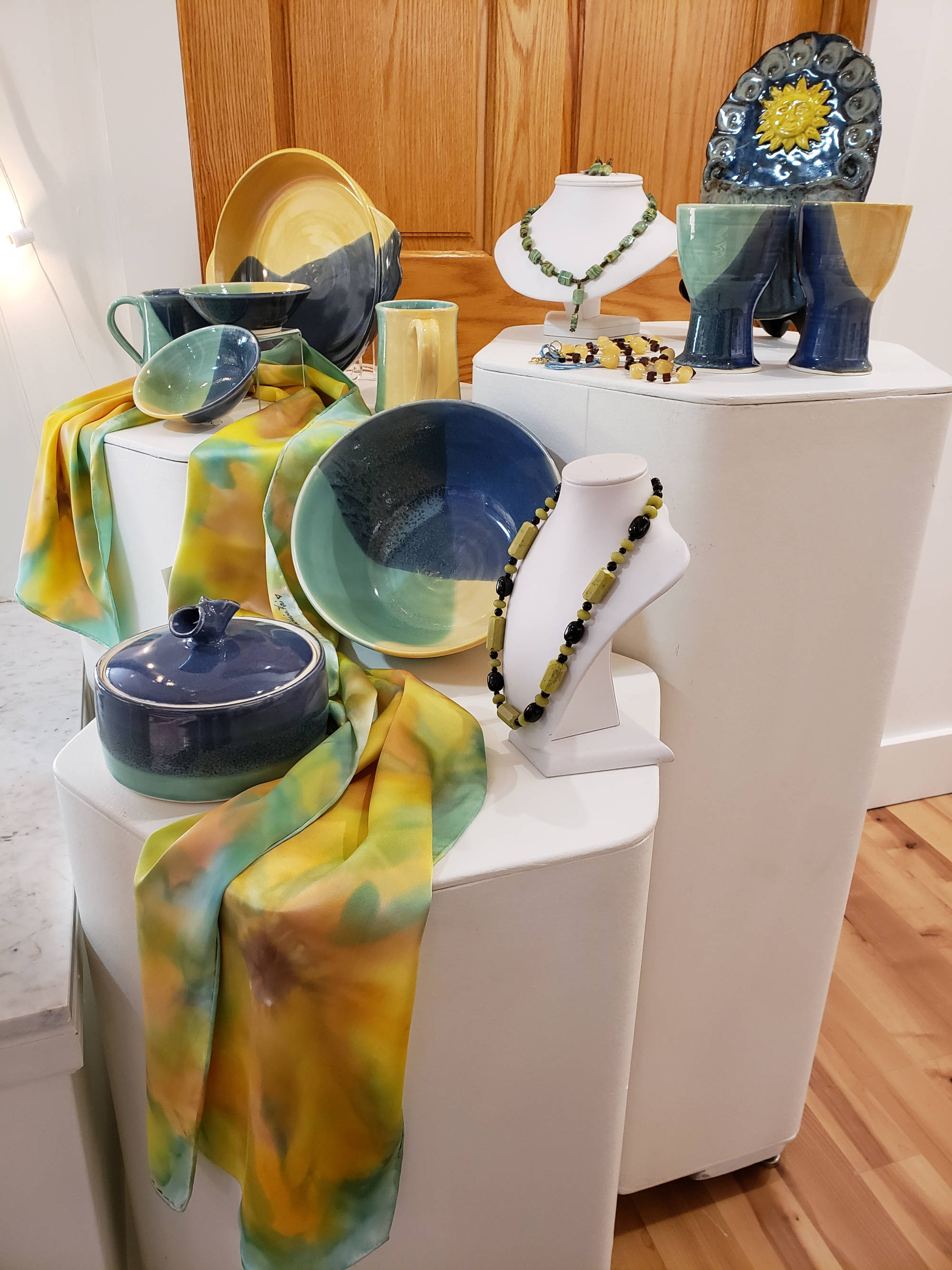 Annual RiverArts Holiday Show & Sale