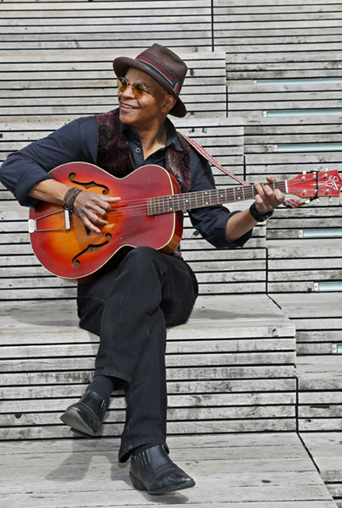Guy Davis is On the Road with the Blues