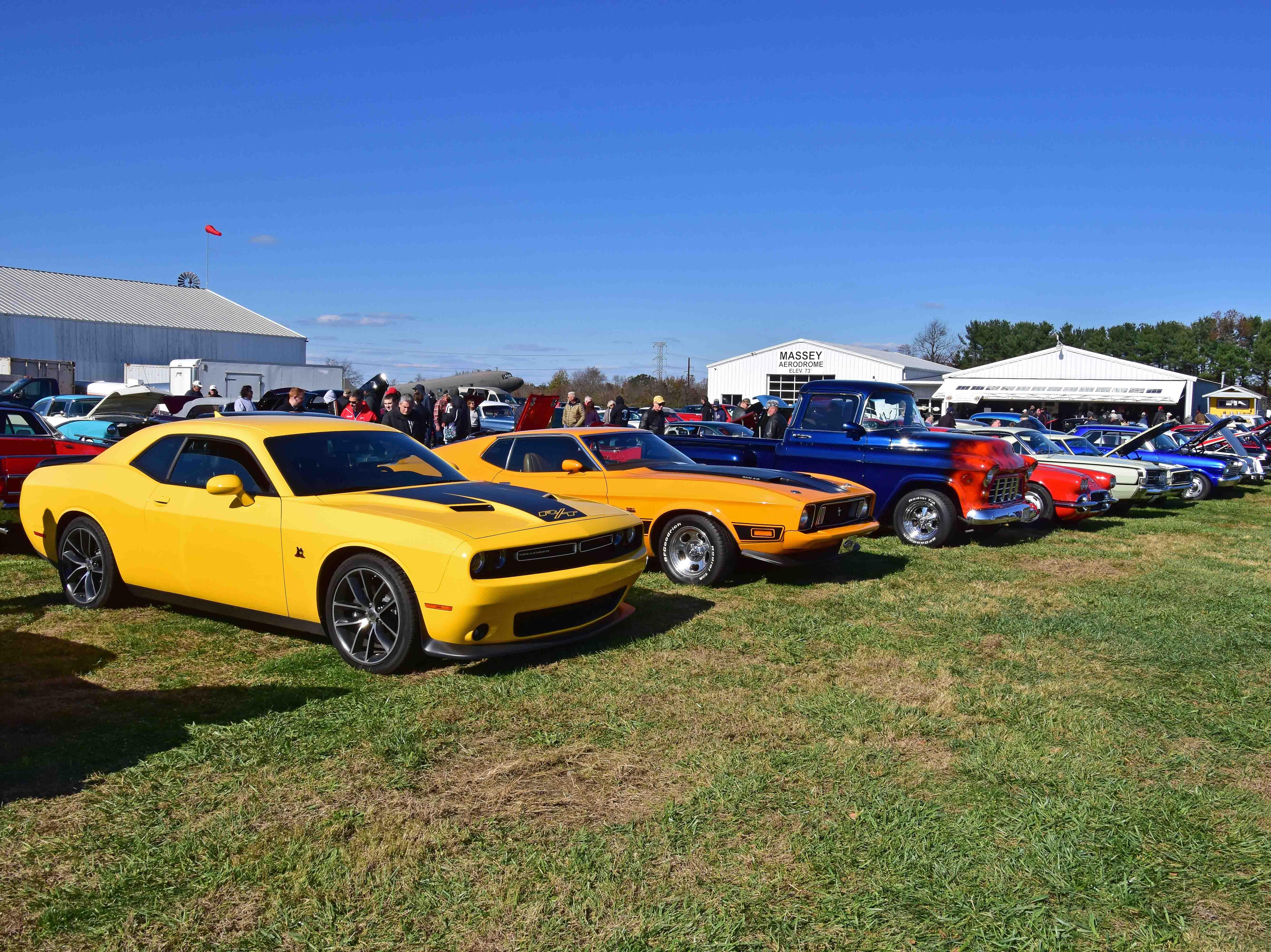 Galena Lions Club Car Show at Massey Aerodrome